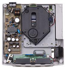 220px-Sega-Dreamcast-Internals