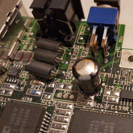 Amiga CD32 capacitor replacement Service